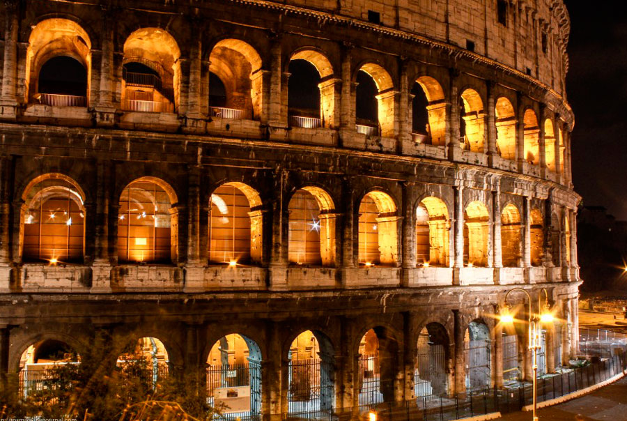 Ночной-Рим
