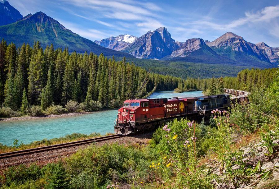 Поезд-в-Канаде