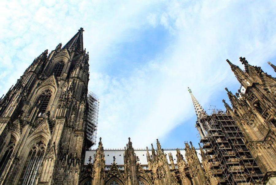 Готический собор в кельне