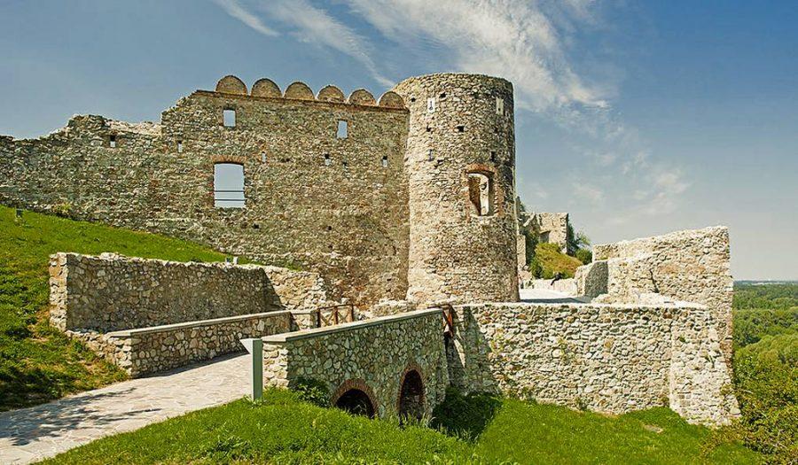 Братиславский замок Девин