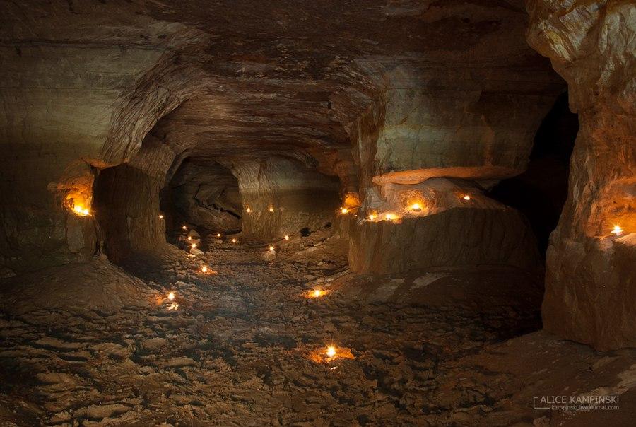 Староладожские пещеры