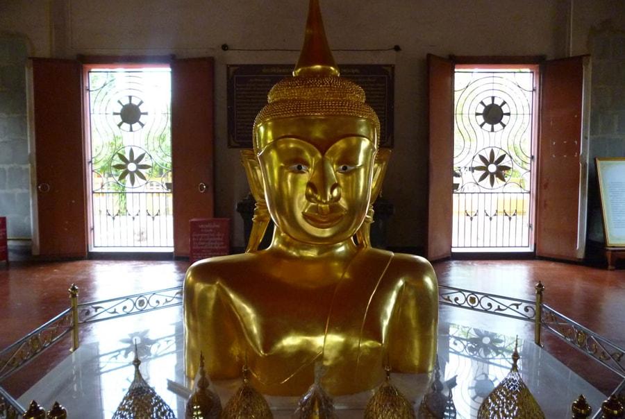 Храм золотого Будды на Пхукете