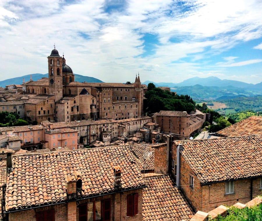 Вид на итальянский город