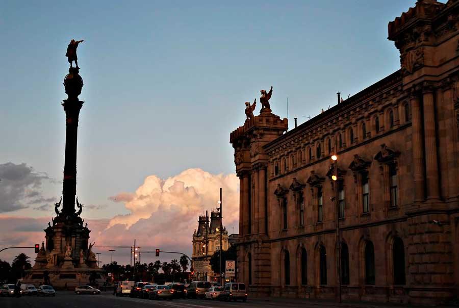 Памятник Колумбу фото