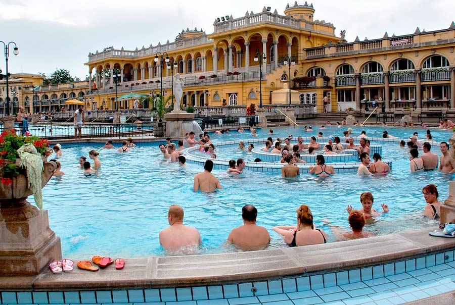 Купальни Будапешта фото
