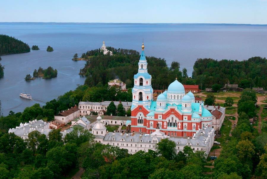Мужской Спасо-Преображенский монастырь фото