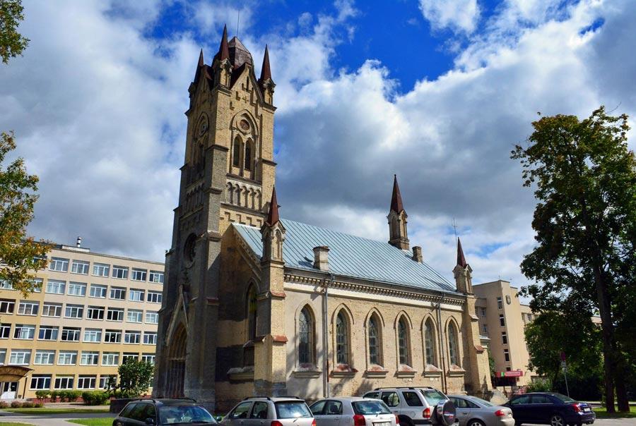 Лютеранская кирха св. Иоанна фото