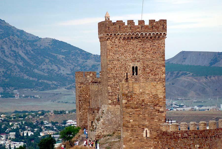 Башня крепости фото