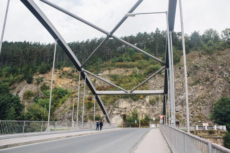 Мост по дороге к замку