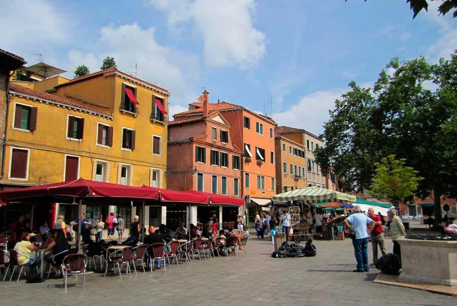 Площадь Campo Santa Margherita фото