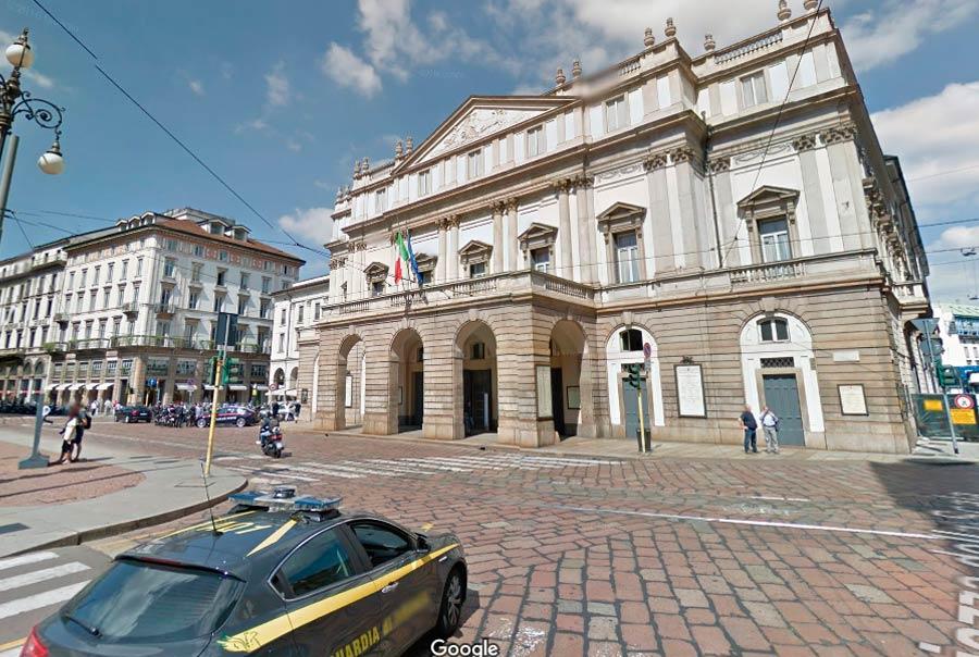 Оперный театр La Scala фото