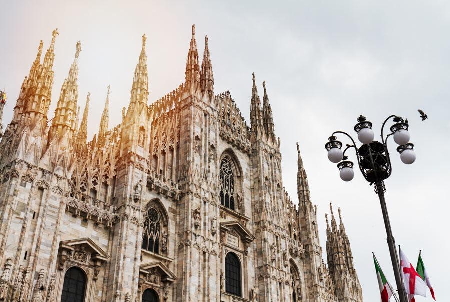 Площадь Дуомо и Миланский собор фото
