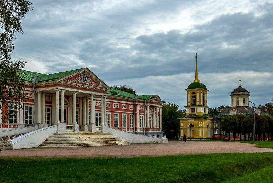 Куда сходить в Москве туристу