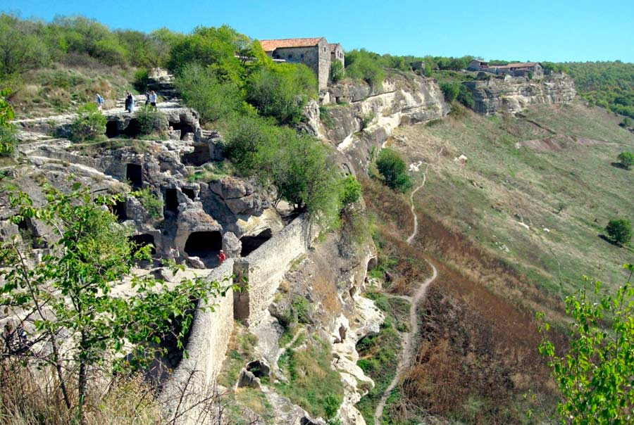 Пещерный город Чуфут-Кале фото