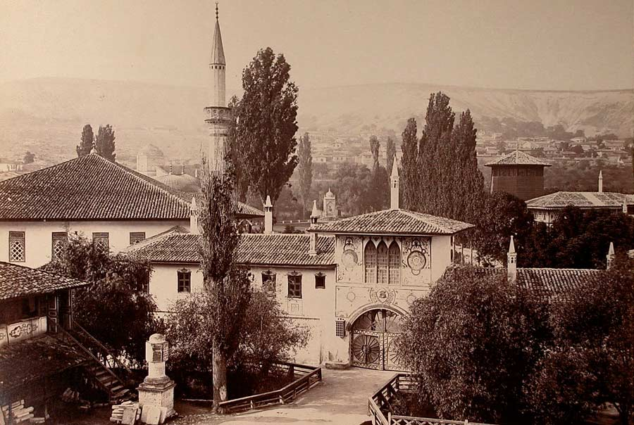 Ханский дворец старое фото