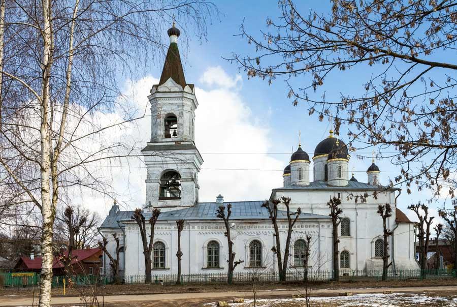 Церковь Белая Троица фото