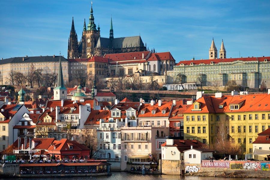 Куда обязательно съездить в Чехии