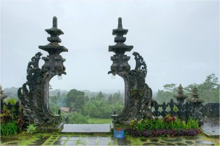 Вид на ограду