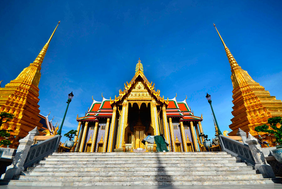 Храм-изумрудного-Будды