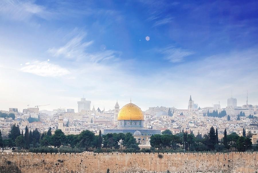 Какую валюту брать в Израиль