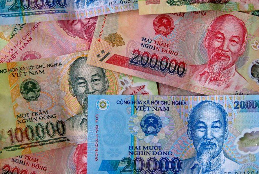 Во Вьетнам с российскими рублями