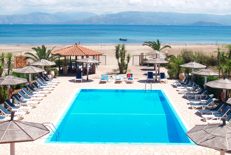 Курорт Кавос в Греции