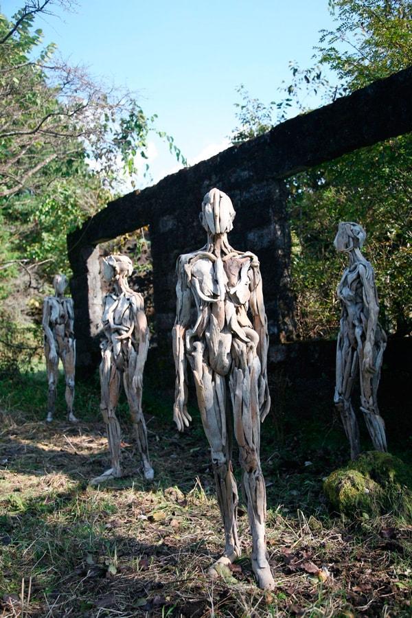 Пугающие лесные призраки Нагато Ивасаки