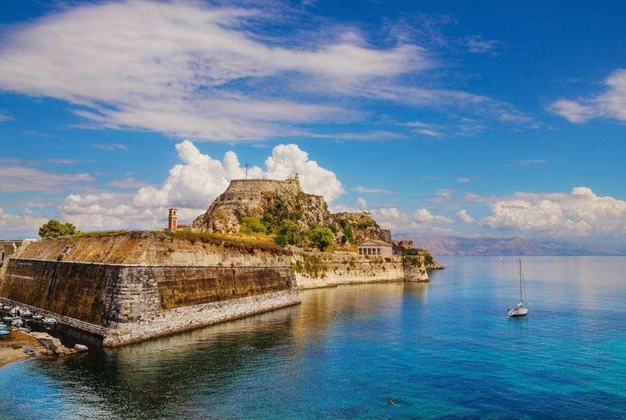 10 интересных достопримечательностей Корфу