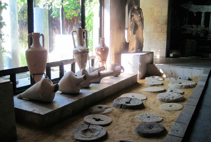 Таманский археологический музей: фото