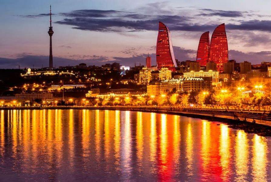 14 интересных достопримечательностей Баку и окрестностей