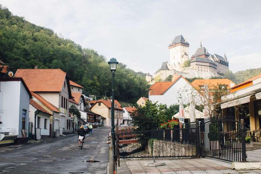 Замок Карлштейн в Чехии возле Праги — как добраться?