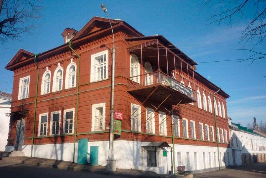 Описание достопримечательностей Костромы