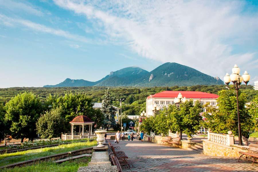 Город Железноводск и его главные достопримечательности с описанием и фото