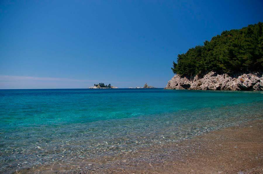 Лучшие песчаные пляжи Черногории
