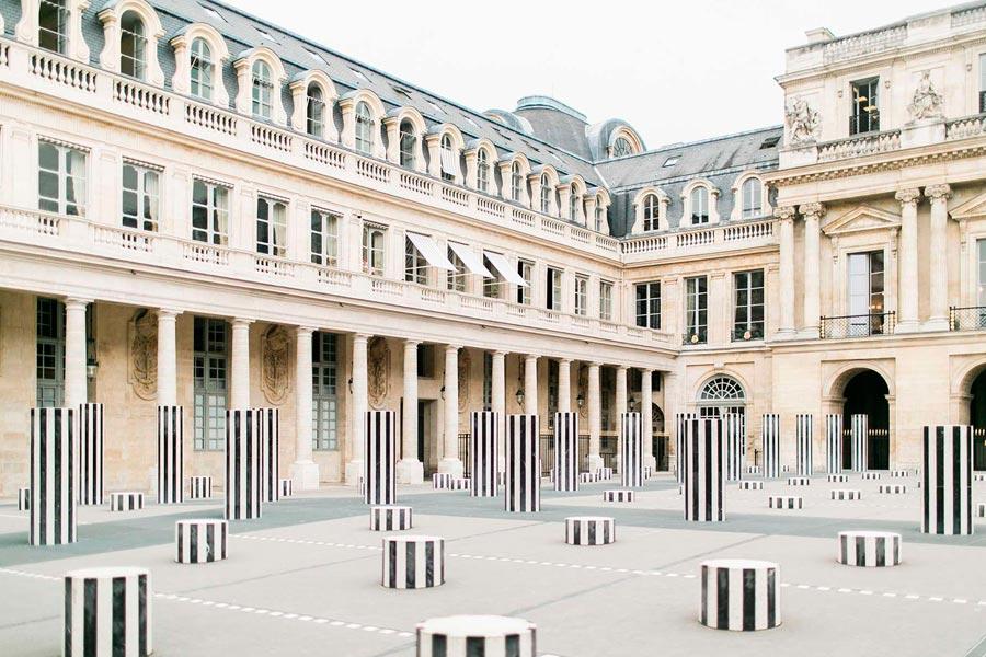 Дворец Пале-Рояль в Париже