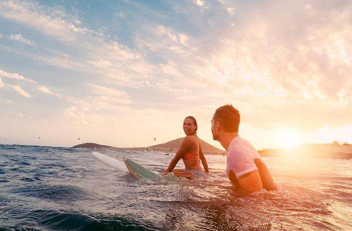 Отдых в мае на море — куда поехать недорого